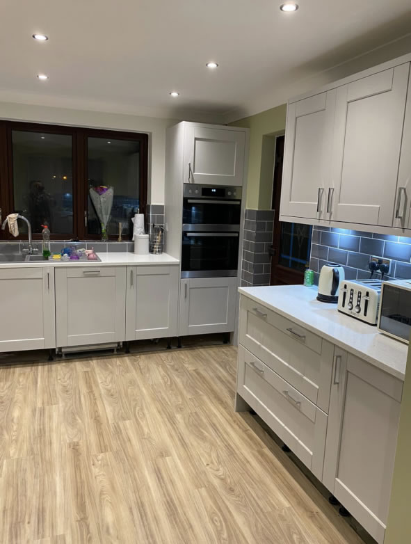 Mya Home fitted kitchens Kensington light grey with white sparkle quartz work surfaces Tamworth 1